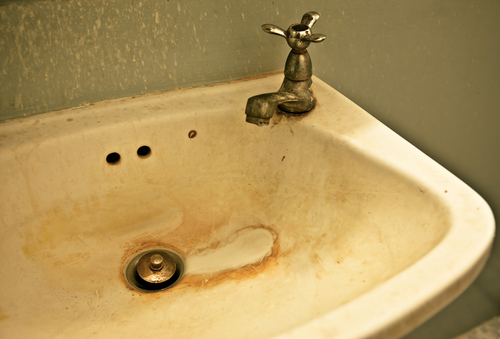 Stains, sinks, toilets, rust